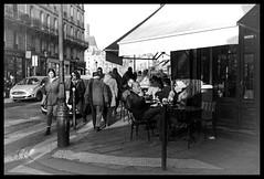 The effect of time (madras91) Tags: nb bw blackandwhite noiretblanc monochrome leica summaron summaron35mmf28 paris france iledefrance iledelacité street streetphotography