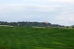 IMG_3361 (mauro muscas) Tags: erba paesaggio valorcia cretesenesi