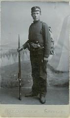 Ukjent mann (soldat) (aasenhistorie.no) Tags: portrait norway norge norwegen unknown portrett levanger nordtrndelag ukjent sen aasenhistorieno