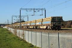 501083 Kingsthorpe 041216 (Dan86401) Tags: 501083 501 mra mrab sidetipping bogie open ballast wagon thrall freight nr networkrail engineers departmental infrastructure wilsonscrossing kingsthorpe northampton wcml 6r06
