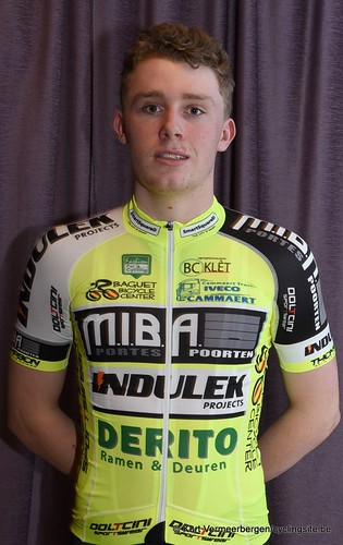 Baguet-Miba-Indulek-Derito Cycling team (98)