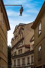 Man Hanging Out - Prague (James D Evans - Architectural Photographer) Tags: art davidcerny sculpture cerny czechrepublic freud manhangingout prague publicart sigmundfreud staremesto