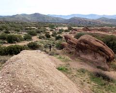 046 The Last Dash (saschmitz_earthlink_net) Tags: 2017 california orienteering vasquezrocks aguadulce losangelescounty laoc losangelesorienteeringclub