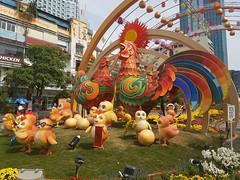 Ho Chi Minh City: bienvenue dans l'annee du Coq (Tartarin2009 (ion/off)) Tags: samsunggalaxys7 chinesenewyear happynewyear annéeducoq coq cock yearofthecock rooster yearoftherooster tartarin2009 hochiminhcity saïgon vietnam travel festival