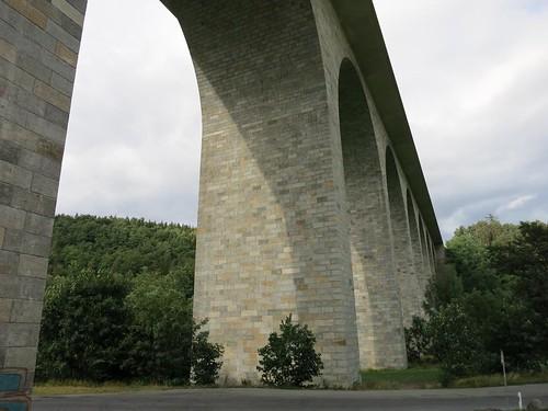 A72 Talbrücke Elstertalbrücke bei Pirk  Juli 2015_075