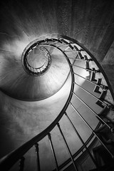 Spirale (CrËOS Photographie) Tags: france castle lines architecture stairs spiral geometry curves wave stairway staircase vague château azaylerideau