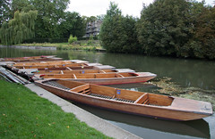 Punts on the River Cam (Beth Hartle Photographs2013) Tags: cambridge river lock cam weir rivercam boathouses narrowboats