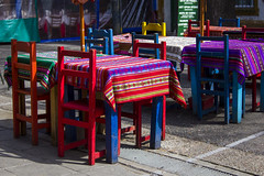 Mesas y Sillas - Caminito, Buenos Aires, Setiembre 2015 (Alvimann) Tags: city people color colour argentina colors colo digital canon table design chair buenosaires colorful colours gente chairs ciudad colores silla tables laboca colourful 1855mm boca canonefs1855mm diseo barrio neighbourhood mesa mesas sillas caminito 550 colorido buenosairesargentina ef1855mm canonefs1855mmf3556 550d canon550d canoneos550d eos550d alvimann