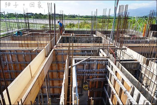 1樓板模隔間水電鋼筋完成2