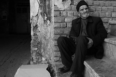 Old Man (Alias_239) Tags: street old man hat iran step hood     qom