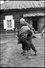 Buryat Wrestling (nk_jan) Tags: blackandwhite russia wrestling ringen kodaktmax400 buryat schwarzweis leicar7 burjate