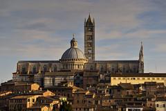 Siena (Wolfgang.Grilz) Tags: unesco tuscany siena valdorcia toskana cretesenese provinciasiena winter2015