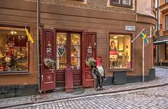 Gamla Stan (Ana >>> f o t o g r a f í a s) Tags: europa europe sweden schweden troll gamlastan sverige scandinavia oldtown hdr estocolmo suecia zweden ciudadvieja photomatix escandinavia potd:country=es hdrworldsweden