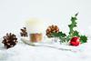 Citroen-dessert in kerstsfeer   .......Explore!! (Geziena) Tags: kerst sfeer eten food kerstbal rood hulst groen dessert citroen olympus omdem1 35mm