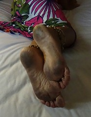 Busy day :-) (pinay barefoot) Tags: filthyfeet filthybarefoot barefootinpublic barefootgirls barefooting