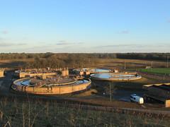 Uitzicht op de waterzuiveringsinstallatie te Hilversum vanaf de nieuwe berg bij Anna's Hoeve. (Dicky.1952) Tags: hill hilversum watertreatment water treatment waterpurificationplant