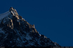 3/52 : Aiguille du Midi (Ludtz) Tags: ludtz canon canoneos5dmkiii ef135|2l 5dmkiii montagne mountain alpes alps chamonix montblanc 74 hautesavoie sommet peaks aiguilledumidi
