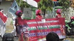 IMG_6071 (kayreal) Tags: girls woman girl beauty festival indonesia women traditionalart indah asiangirl wanita 2015 cantik blora agustusan gadis cewek indonesiangirl demosntrasi pertunjukan barongan beautufiul senitradisional khairiladi festivalbarongan sma1blora smktunjungan