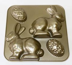IMG_9444.jpg (babyfella2007) Tags: rabbit bunny kitchen cake easter baking ebay williams egg sonoma nordic pan ware kitchenware nordicware