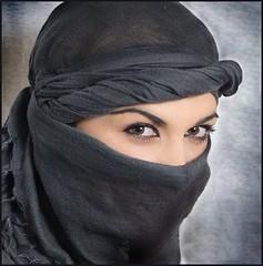 Woman in Tagelmust (scarfmaskman1) Tags: girl face scarf dessert eyes sand women veiled veil desert faces mask offroad flag headscarf hijab arabic cover arab covered gag atv bellydance shawl foulard facescarf scarves scarfmask arabian tied masked bandana niqab faceveil harem turkish turk kuwaiti burqa bedouin facemask keffiyeh veils coveredface pece burka chador kuffiyeh scarfbound scarfed dupatta scarfgag scarfgagged scarved scarftied bandanamask yashmak arabiceyes bikermask scarfmasked bellydace turkishscarf tagelmust pee kuffiyah turkisheyes scarfveil touristscarves