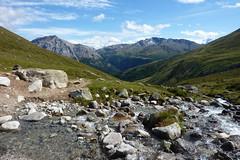 Romantischer Abstieg nach Madulain (Alfesto) Tags: wanderung graubünden chants bergün madulain fuorclapischa chamannadescha