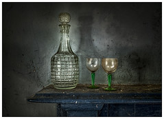 Abandoned decanter and glasses (ducatidave60) Tags: abandoned fuji decay fujifilm dereliction fujinonxf23mmf14 fujixt1
