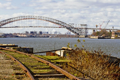 r_151123163_skelsisl_a (Mitch Waxman) Tags: newyorkcity newyork statenisland newyorkharbor bayonnebridge killvankull johnskelson