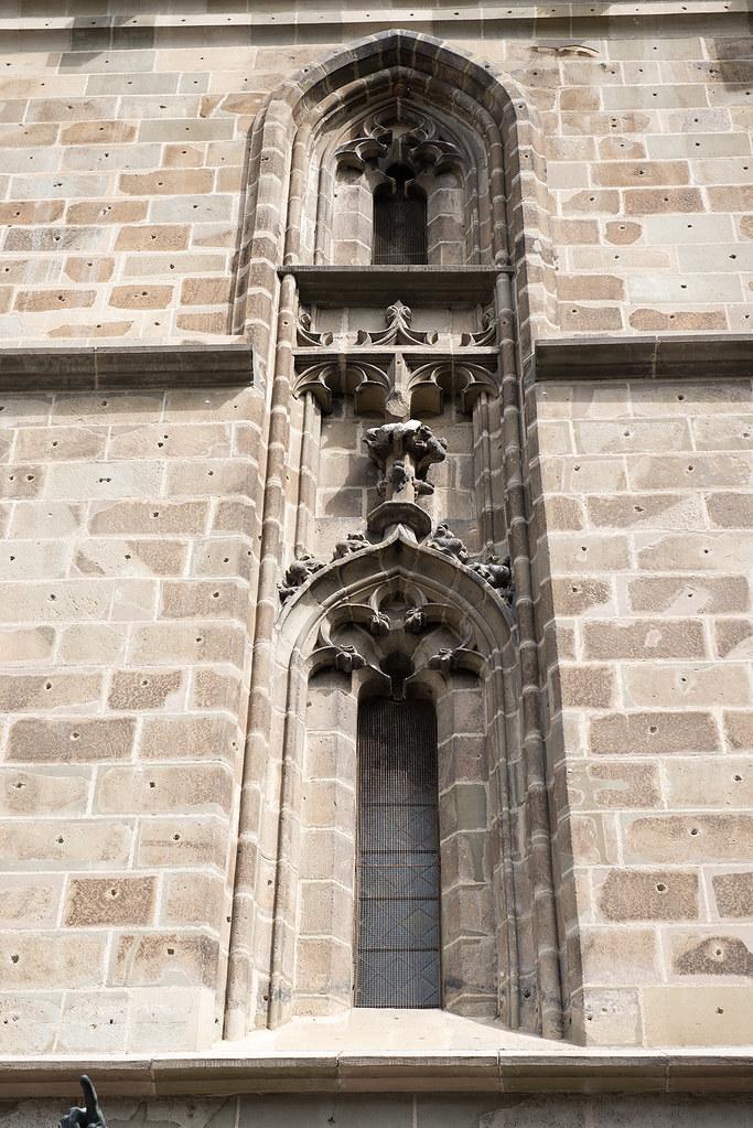 фото: And window
