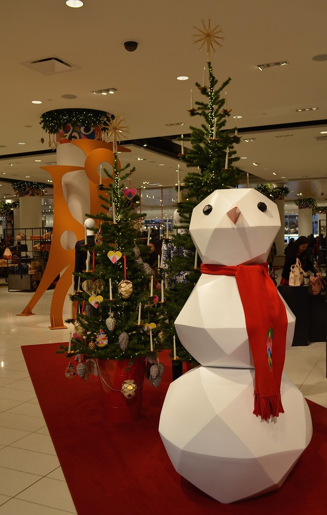 store decorations neal d tags christmas decorations vancouver store snowman bc departmentstore nordstroms