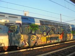 true love/ small town girl/ pug life/ ora e sempre (en-ri) Tags: kcbr crew gwunner hello giallo verde grigio train torino graffiti writing