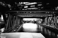im Trog (Lup0s) Tags: nikonl35af nikon blackandwhite analog fujineopan1600 pull1000 trip niederfinow finowkanal schiffshebewerk stahl
