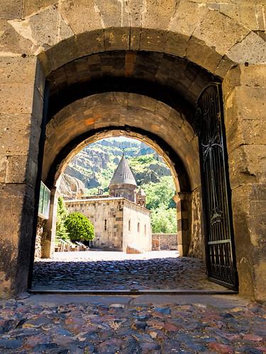 20160615_Armenia_7722 Geghard sRGB