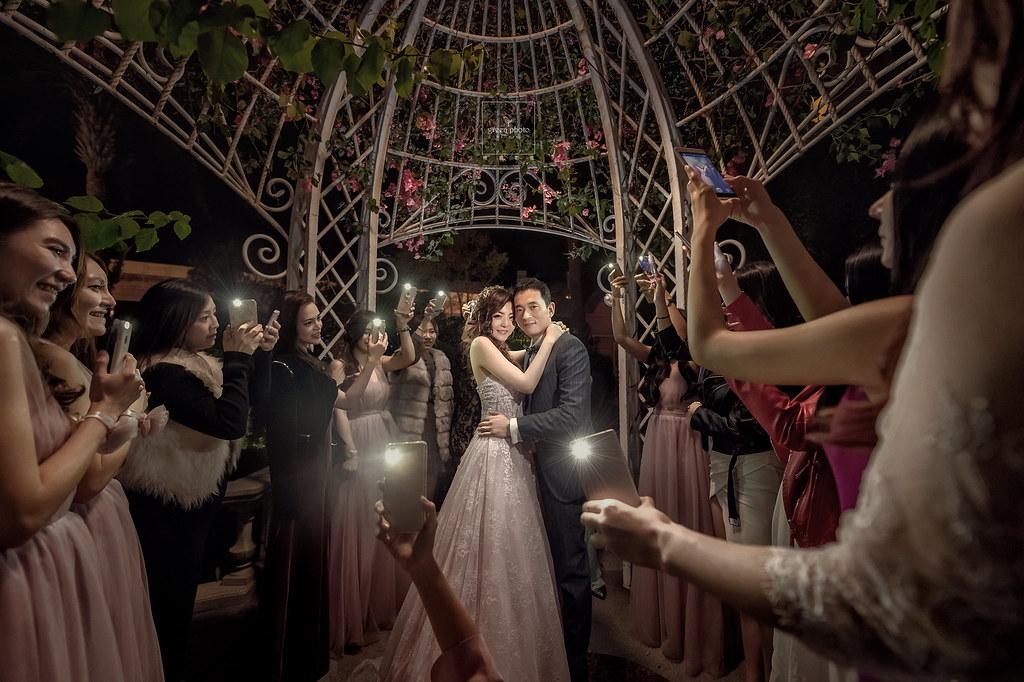 婚禮攝影,婚禮紀錄,婚禮記錄,婚禮紀實,婚攝,婚禮平面記錄,婚禮平面紀實,綠攝影像,黑熊,攝影師黑熊,婚攝小熊,婚攝黑熊,說故事風格,溫馨自然,婚禮,享受每一場拍攝的機會,用心體會每個家庭不同的故事,你的幸福我的視野,儀式,宴客,類婚紗,優質推薦,北部婚攝,台北婚攝,桃園婚攝,greenphoto,溫度,情感,劉凱文, kevin,wedding,photographer,幸福,歡樂,帶氣氛,自然引導, 台北維多利亞酒店,超嗨婚禮,戶外證婚,自然捕捉,情感攝影,美麗的瞬間,邊玩邊拍, weddingparty, 維多利亞婚禮作品,維多利亞婚攝, I LYNN Wedding 婚禮佈置,尼克影像,小城堡造型團隊,小蜜月