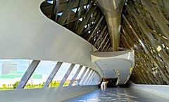 Interior del puente Pabellón, Zaragoza. (eustoquio.molina) Tags: puente bridge pabellón expo zaragoza interior arquitectura architecture monumento monument