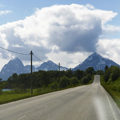 R O A D  A  H E A D (Tommi.S) Tags: road summer norway north scandinavia lofoten