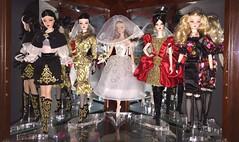 CURIO 2 - SHELF 1 (DGPinkAngel) Tags: darya luciana dolcegabbana principessa fiorella alexandermcqueen altamoda russianmodel italianmodel dulcissima silkstonebarbiedoll