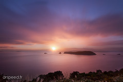 Cathedral Cove Sunrise (dr speed) Tags: new sunset sunrise canon pose landscape cove ngc zealand nz 7d paysages coromandel cathdral longue nd400 oceanie drspeed drspeedfr