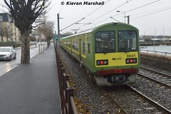 8601+8602 outside Salthill and Monkstown, 5/12/15 (hurricanemk1c) Tags: irish train salthill rail railway trains railways dart irishrail 2015 monkstown iarnród 8601 éireann iarnródéireann class8500 salthillandmonkstown tokyucarcorp 1255brayhowth