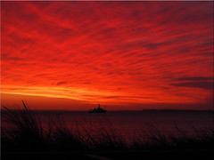 Morgendämmerung  über  der  Ostsee (Ostseetroll) Tags: sunrise geotagged deutschland twilight dämmerung sonnenaufgang ostsee deu schleswigholstein morgenrot scharbeutz haffkrug balticesea geo:lat=5405195647 geo:lon=1075280428