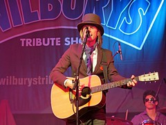 Roy Orbison & Travelling Wilbury's Tribute Show (tosh123) Tags: music group band tompetty travellingwilburys klausvoorman