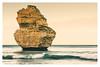 Standing Alone (mezuni) Tags: australia portcampbell victoria twelveapostles oceania greatoceanroad princetown au