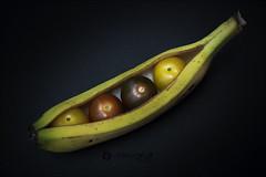 Proyecto 15/365 (Art.Mary) Tags: proyecto365 bodegón stilllife naturemorte tomates tomatoes cherrys plátano banana platain canon frutas fruits