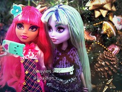 (Linayum) Tags: merrychristmas christmas howleenwolf howleen twyla mh monsterhigh monster mattel doll dolls muñeca muñecas toys juguetes linayum
