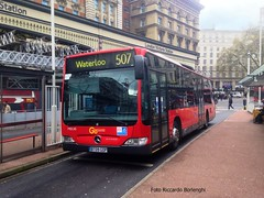 London General MEC 45 BT09 GOP at Victoria Station (Riccardo Borlenghi) Tags: evobus mercedes benz citaro london general bus autobus public transport victoria pimlico go ahead zf ecomat