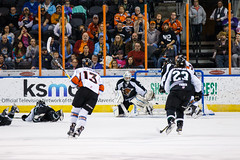 "Missouri Mavericks vs. Utah Grizzlies, December 28, 2016, Silverstein Eye Centers Arena, Independence, Missouri.  Photo: John Howe / Howe Creative Photography • <a style=""font-size:0.8em;"" href=""http://www.flickr.com/photos/134016632@N02/31924387566/"" target=""_blank"">View on Flickr</a>"