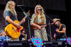 Jamey Johnson with Alison Krauss at Farm Aid 2016 at Jiffy Lube Live in Bristow, VA on September 17th, 2016 (Matt Condon) Tags: jameyjohnson alisonkrauss farmaid farmaid2016 jiffylubelive bristowva