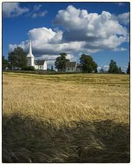 Hovin kirke 30.08.2015 (Krogen) Tags: church norway norge norwegen akershus romerike krogen kirke ullensaker hovin fujifilmx100