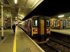 153318 & 153372 Truro (Marky7890) Tags: station train cornwall railway truro dmu class153 fgw supersprinter 2c51 153318 153372