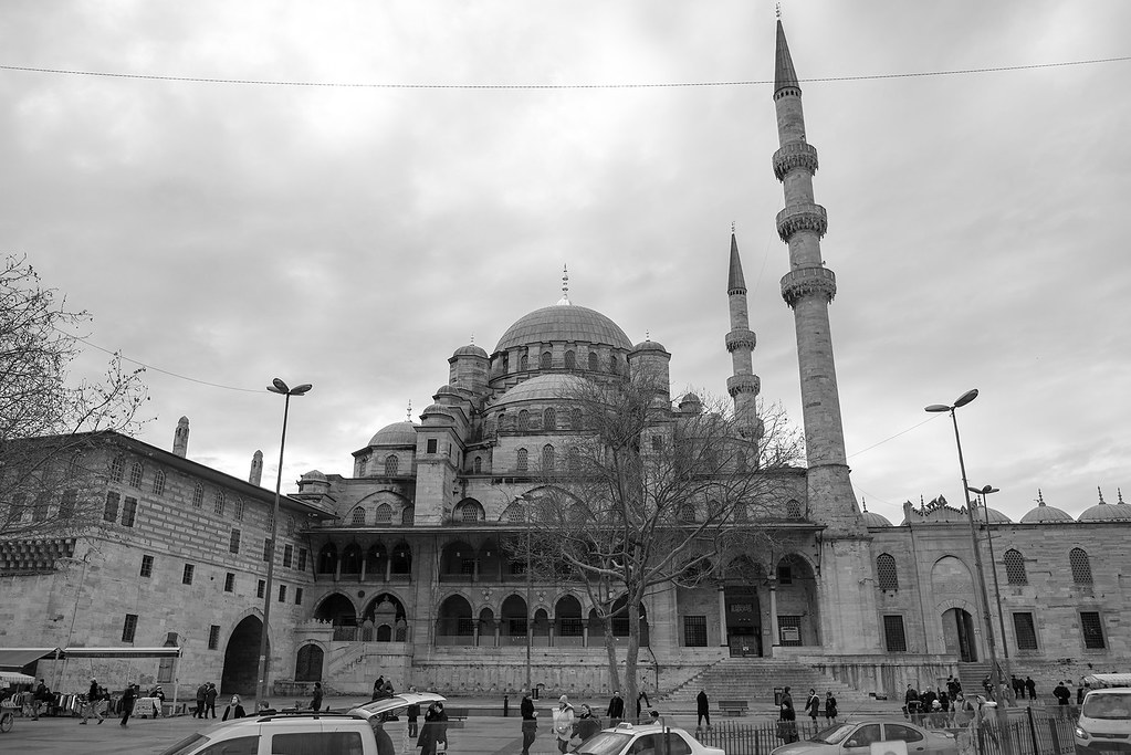 фото: Yeni Cami (The New Mosque), Istanbul