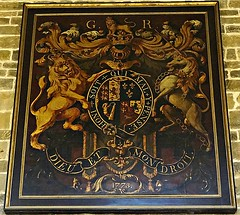 [35920] Wakefield Cathedral : Royal Arms (Budby) Tags: church heraldry cathedral wakefield westyorkshire royalarms